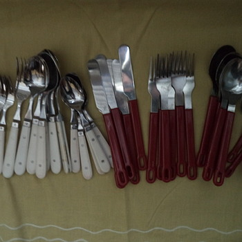 Plastic handle for life :) stainless steel assorted flatware lot