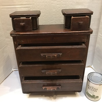 Victorian doll or salesmen's sample dresser  - Victorian Era