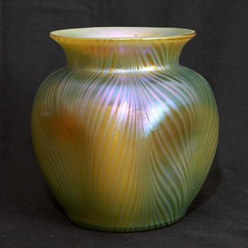 Loetz Phanomen Genre 7501 Vase - Art Glass