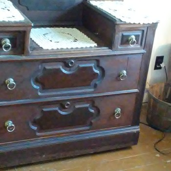 Dresser with candle holder shelves and locking drawers - Furniture