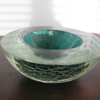 Crackle glass geode - Art Glass