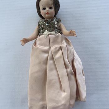 Madame Alexander Cissette doll - Dolls