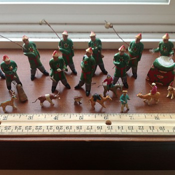 Small wooden pre-1932 Chinese figures - Asian