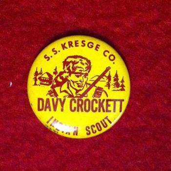 Davey Crockett pinback premium - Medals Pins and Badges