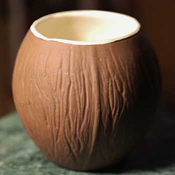 Trader Vic's large Coconut Cup - ceramic