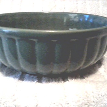 "Cookson Pottery Roseville Ohio / 8"" Jade Green Bowl / Circa 1945 - Pottery"