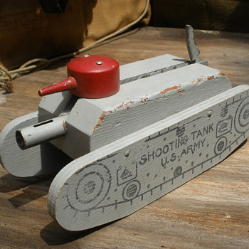 "Keystone ""Shooting Tank"" Wooden with spring fired cannon! 1940s - Military and Wartime"