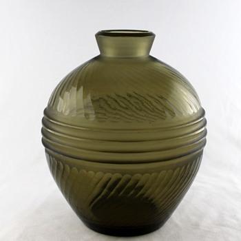 Japanese battuto vase - Art Glass