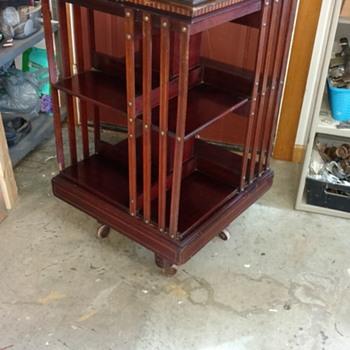 Revolving book shelf - Furniture