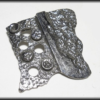 Canadian Brutalist Pewter Jewelry Brooch - R. LARIN  - Costume Jewelry