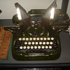 1912 Oliver No. 9 typewriter (DESKTOP OR PORTABLE?)