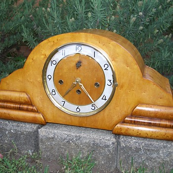 E.Jauch German Mantle Clock restored - Clocks