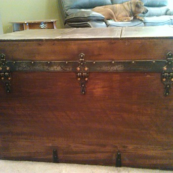 Please help with identification - Furniture