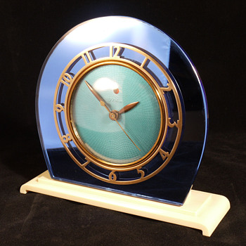 "Telechron ""Casino"", Model 4F71  Electric Shelf Clock - Clocks"