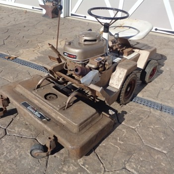 Vintage Wards Garden Mark Lawn Trac Model ZYJ-70A. 6 HP. Rear Steer - Tools and Hardware
