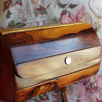 Help identifying vintage wood purse - Bags