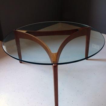 sven ellekaer designed table