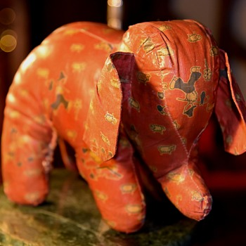 Stuffed Elephant - early 20th century?  or mid-century? - Animals