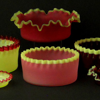 Hobbs Brockunier #205 and #206 bowls - Glassware