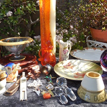 Flea Market Finds For February Fun! :^D - Art Glass