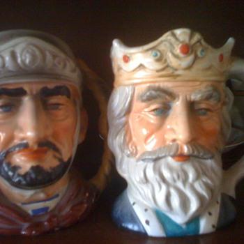 Figurine mugs - Pottery