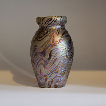 Kralik Corrugated Vase - Art Glass