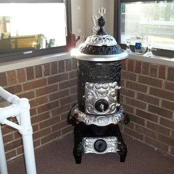 Louisville Tin & stove Co.  Procress Oak #113 - Kitchen