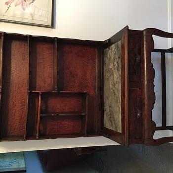 Cute desk or sideboard - Furniture