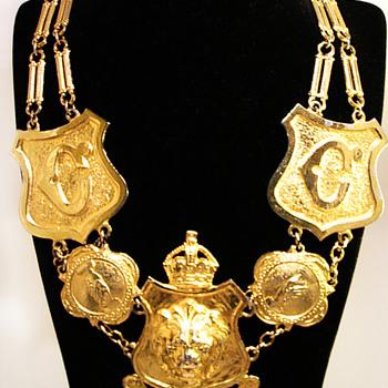 Vintage Accessocraft N.Y.C. Lion Shield Necklace
