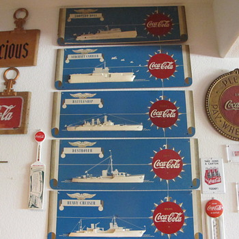 5 Piece 3D Kay Coca Cola War Ships Festoon 1940s - Coca-Cola