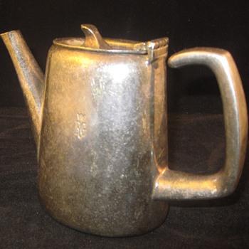 Silver Plate England Hotel Coffee Pot   RG ? - Silver