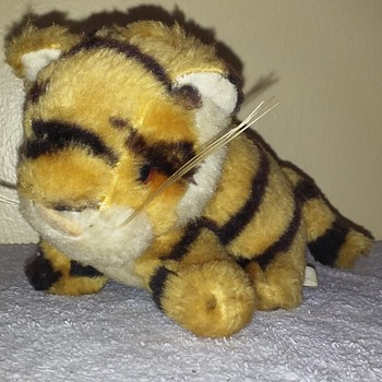 a little tiger in MY tank! - Toys