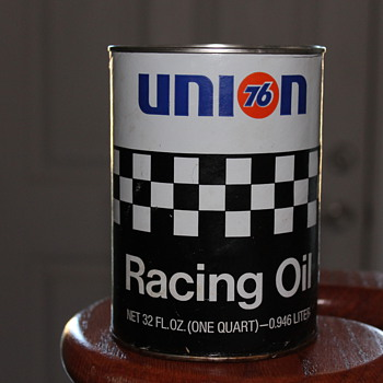 Union 76 racing oil can  - Petroliana