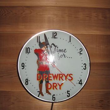 Drewrys Dry Mountie Clock - Clocks