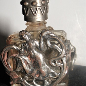 small vintage perfume bottle - Bottles