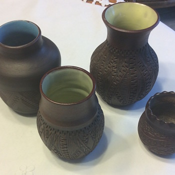 Posting Six Nations Mohawk Pottery from Brantford made 1960-70's - Native American