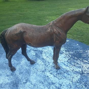 Hubley Cast Iron Horse - Figurines