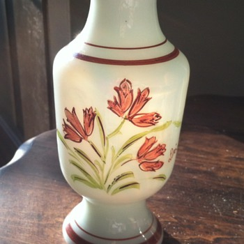 Translucent vase handpainted in Bermuda - Art Glass