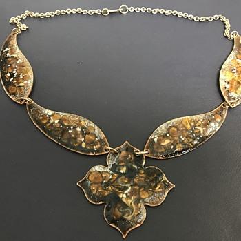 Vintage Hobe necklace  - Costume Jewelry