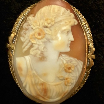 Vintage 10k Cameo Pendant with Small Pearls Around Pendant  (MYSTERY UNSOLVED!!)! - Fine Jewelry