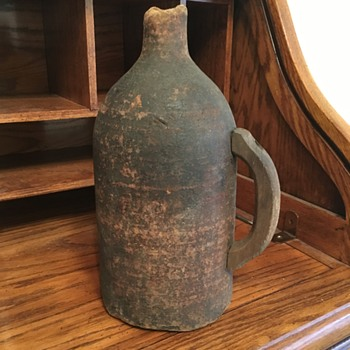 Powder jug - Bottles