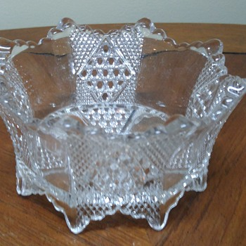 Octagon shaped dish - Glassware