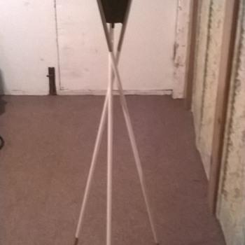 Mid Century Lightolier Table Lamp - Eames Era - Lamps