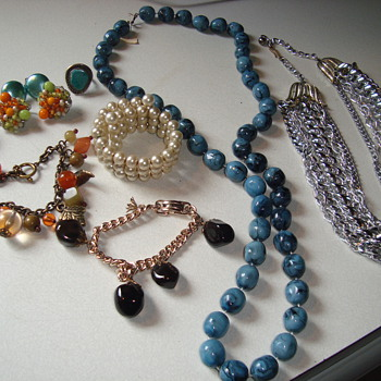 Today's finds - Costume Jewelry