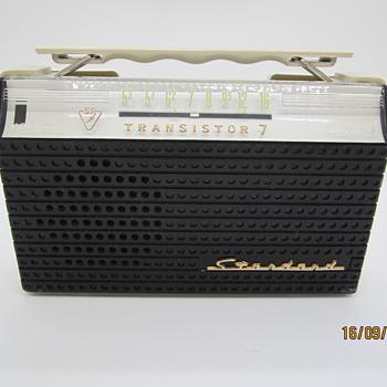 Radio transistor Standard SR-G34 made in Japan - Radios