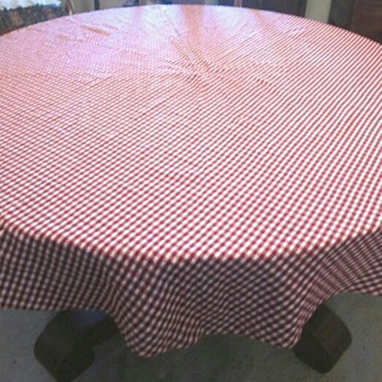Red and White Gingham Tablecloth