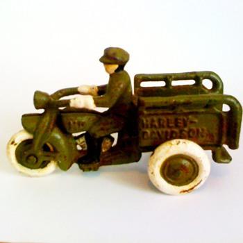 metal harley davidson toy - Model Cars