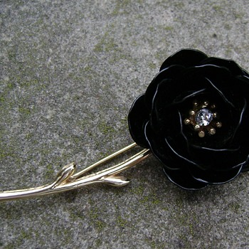 Vintage Trifari Rose Brooch - Costume Jewelry