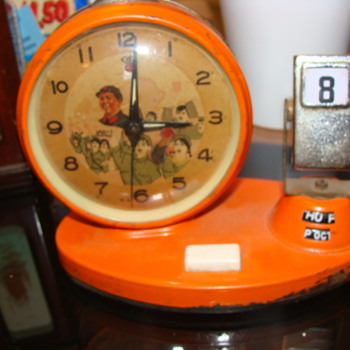 Day Date Calender Art Deco metal Alarm clock with Waving Hand  & Airplane ??? - Clocks