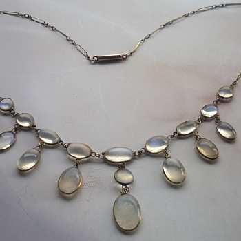 Victorian  lavalier moonstone necklace in 9ct gold - Fine Jewelry